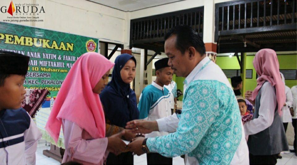 Kecamatan Pekalongan Timur Santuni Anak Yatim dan Fakir Miskin