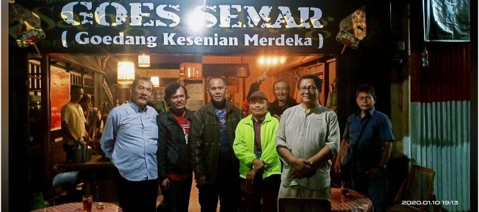 Konsep Sedekah, Angkringan Gratis Goes Semar Resmi di Launching